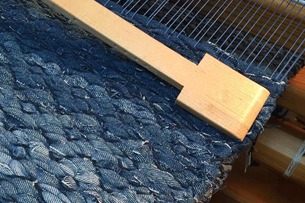 textiles-den-slide-3