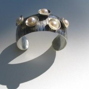 Liane Bracelet 1